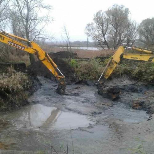 Выкопать пруд, почистить озеро, болото, намывка пляжа, песка